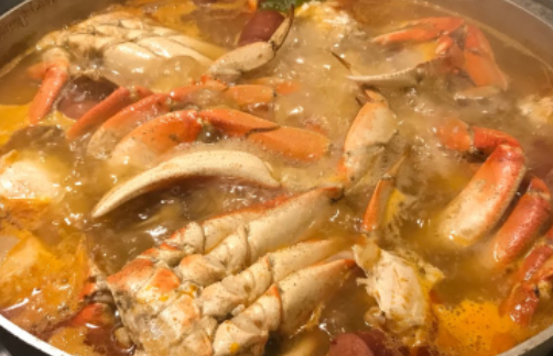 Dungenesss Crab Boil